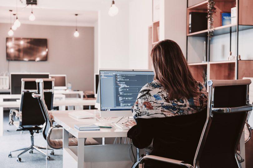 Prijedor Circle Hub: Kurs WordPress-a za djevojke i žene